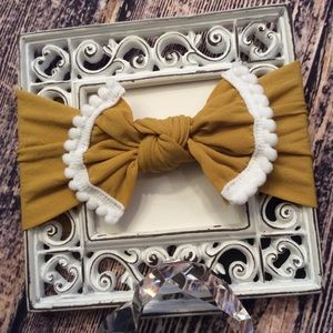 Other - Baby Girls Mustard & White Knot Bow Headband